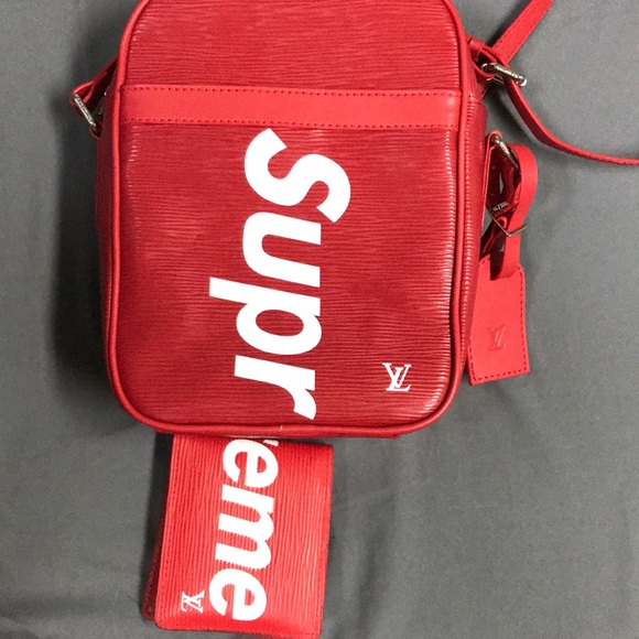 a62582e72f21 Louis Vuitton x Supreme Other - Louis Vuitton x Supreme Danube EPI PM RED